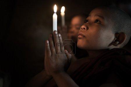小和尚祈祷
